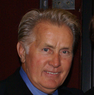 Martin Sheen läuft gerade in Two and a Half Men auf ProSieben
